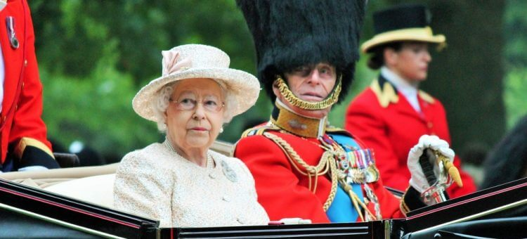 Queen Gets Nabbed For Not Wearing A Seat Belt